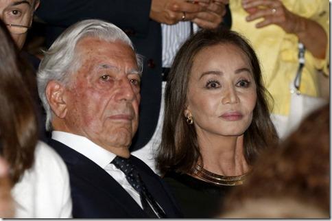 LOS REYES PRESIDEN LA INAUGURACION DE LA TEMPORADA DEL TEATRO REAL